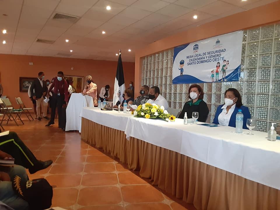 Juramentación  miembros de la Mesa Local de Seguridad Ciudadana y Género